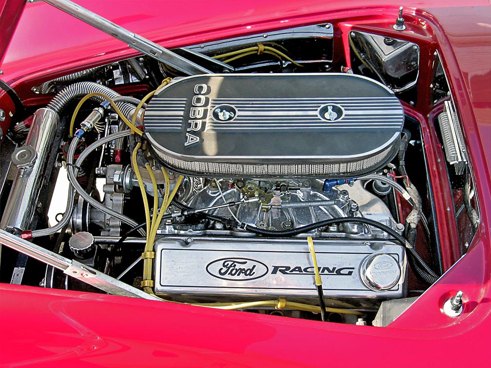 engine photo (Ford 460 cid big-block) of Candy Apple Red West Coast 427SC Shelby classic Cobra for sale
