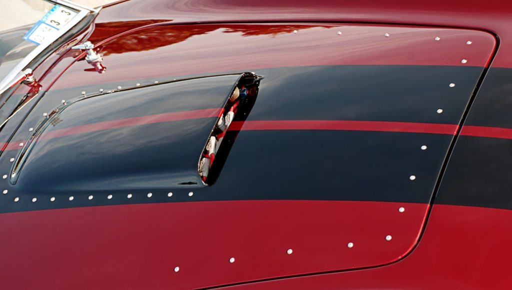 hood scoop shot of Primal Red Pearl E.R.A. 427SC Shelby classic Cobra for sale, ERA462