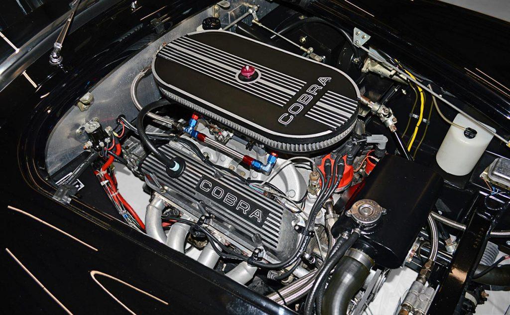 331cid small-block engine photo#2 of Onyx Black Superformance 427 Shelby classic Cobra street version Roadster for sale, SPO1869