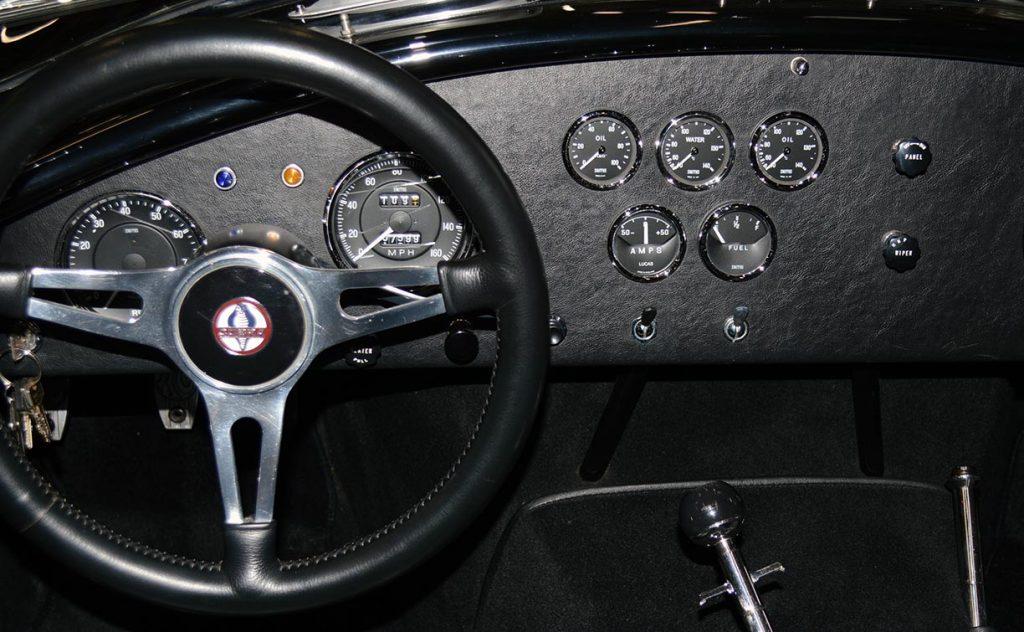 dashboard shot of Onyx Black Superformance 427 Shelby classic Cobra street version Roadster for sale, SPO1869