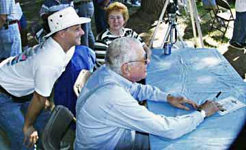 Carroll Shelby & Paul Paretti at LASAAC Woodley Park show, 1999