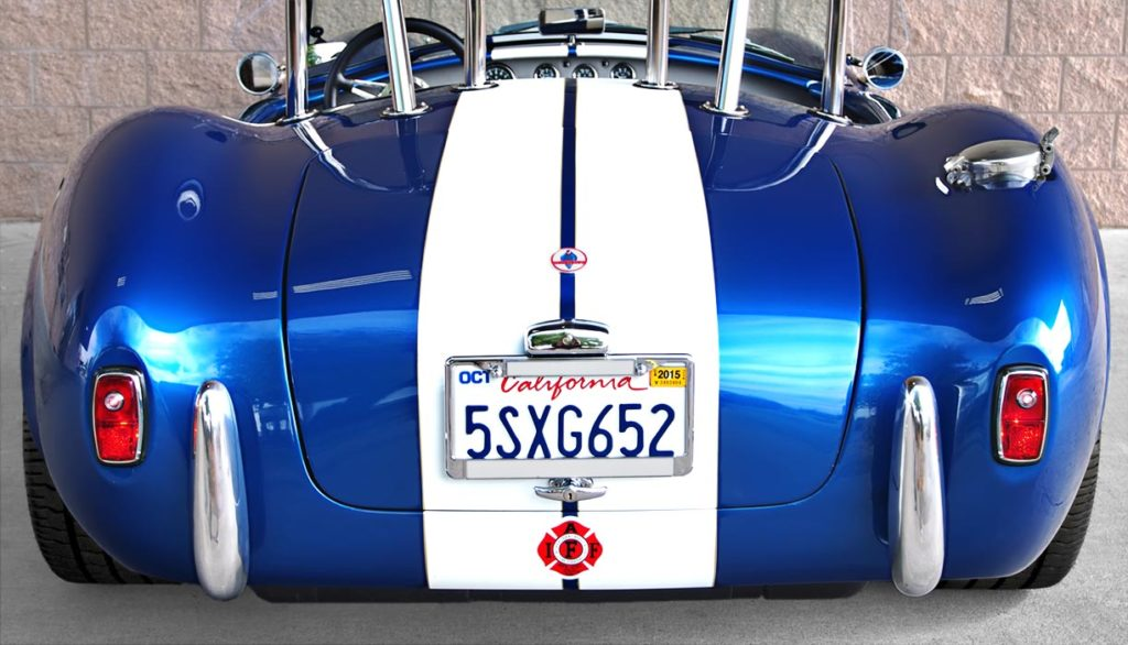 head-on rear shot of Pearl Blue classic 1965 Shelby Cobra vehicle, built by B&B/LA Exotics, for sale by owner