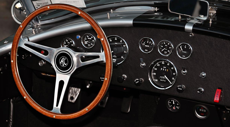 ashboard shot#2 of Stuttgart Silver/black stripes 427SC Shelby classic Superformance Cobra (SPO1388 ) for sale by owner