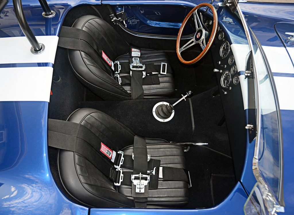 cockpit shot#2 (from passenger side) of Viper Blue Hurricane Motorsports 427SC Shelby classic Cobra replica for sale by owner