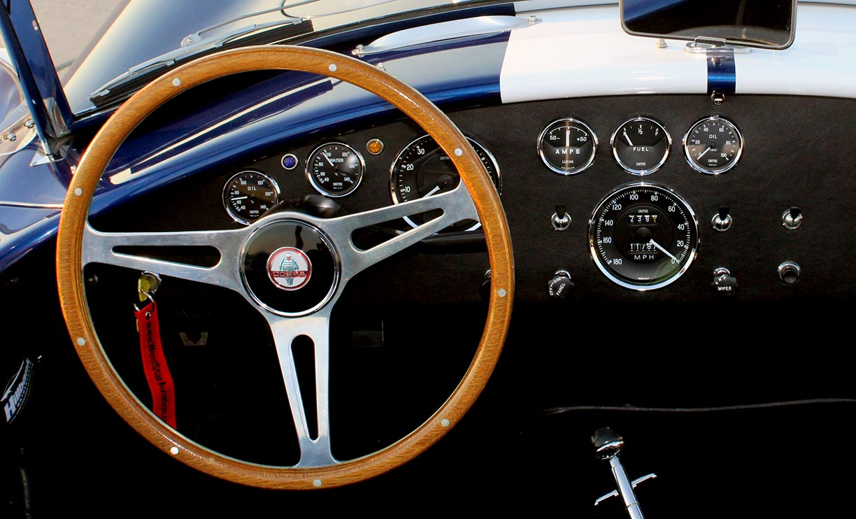 dashboard shot of Royal Blue Metallic 427SC Shelby classic Superformance Cobra, SPO#0456 for sale by owner