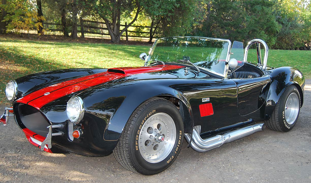 3/4-frontal shot (driver side) of black/red stripes 427SC Shell Valley classic Cobra for sale by owner