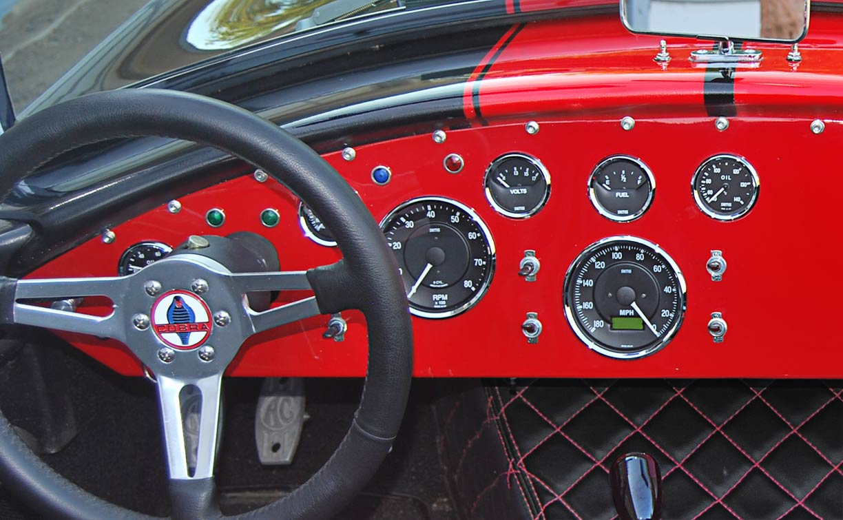 dashboard shot#2 of black/red stripes 427SC Shell Valley classic Cobra for sale by owner
