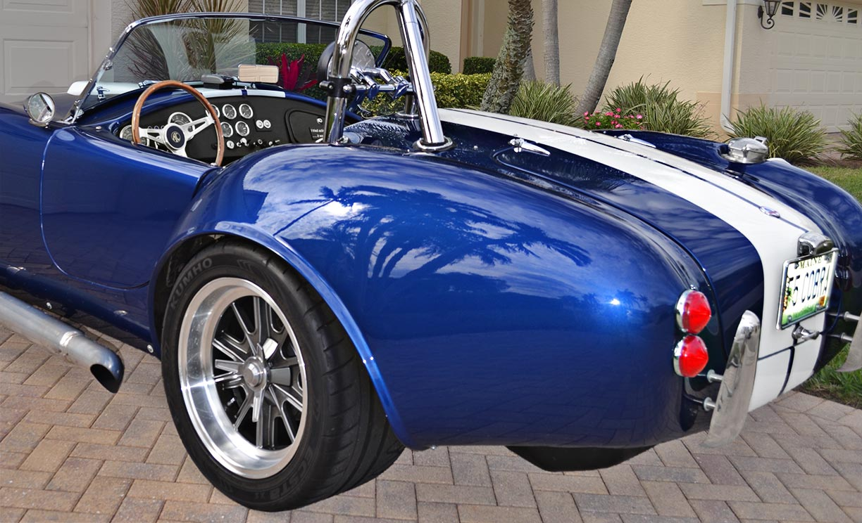 rear-quarter shot (driver side) of this 'Arrival Blue' Factory Five Racing Mk 3.1 427SC Shelby classic Cobra for sale by owner