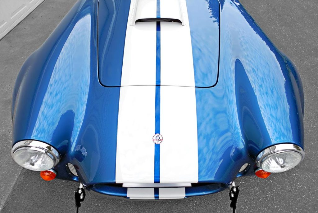 head-on frontal shot of Guardsman Blue E.R.A. (ERA) Shelby classic 427SC Cobra for sale by owner, ERA#567