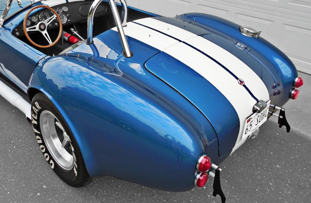 3/4-rear-quarter shot (driver side) of Guardsman Blue E.R.A. (ERA) Shelby classic 427SC Cobra for sale by owner, ERA#567
