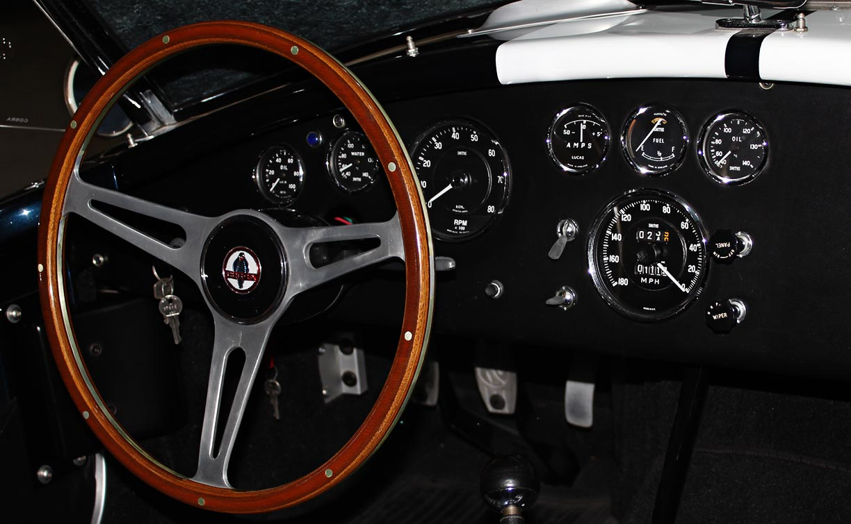 dashboard shot#3 (at twilight) of Midnight Blue 427SC Shelby classic E.R.A. Cobra for sale by owner