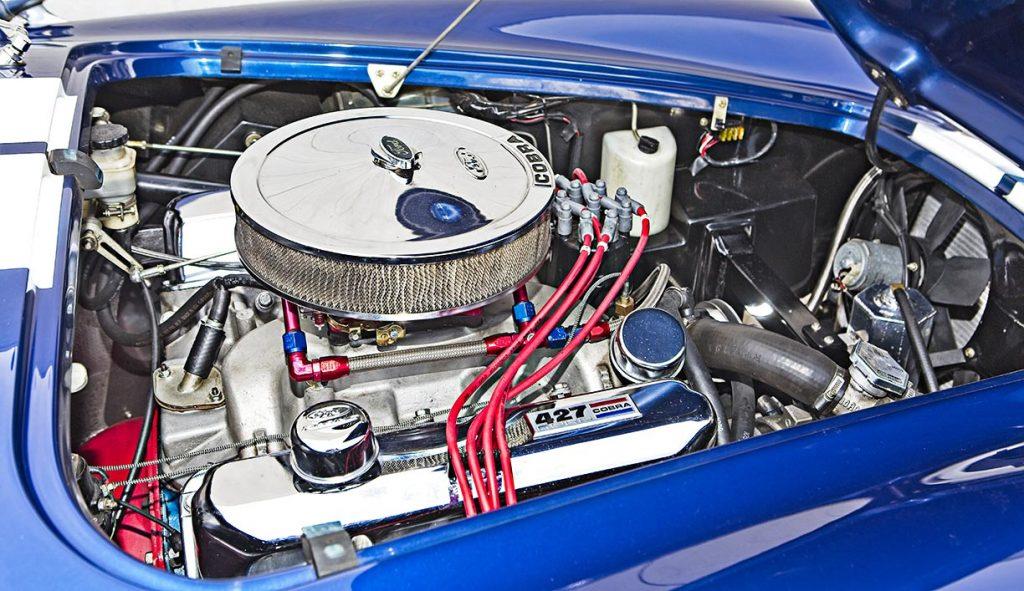 427 side-oiler engine shot of Guardsman Blue Superformance 427SC Shelby classic Cobra for sale, SPO#0598