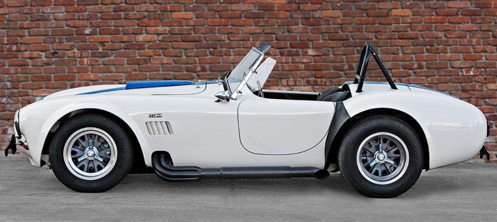 broadside shot of Wimbledon White Shelby 427SC classic Cobra for sale, CSX4032