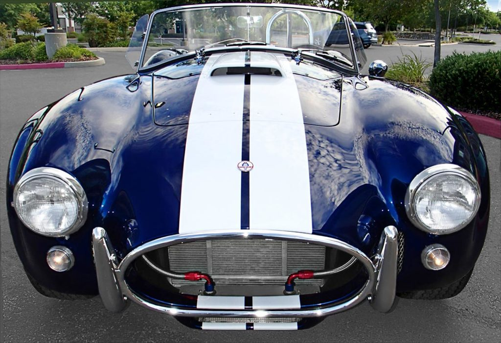 head-on frontal shot of Indigo Blue/Arctic White stripes Superformance 427SC Shelby classic Cobra for sale by owner, SPO1983