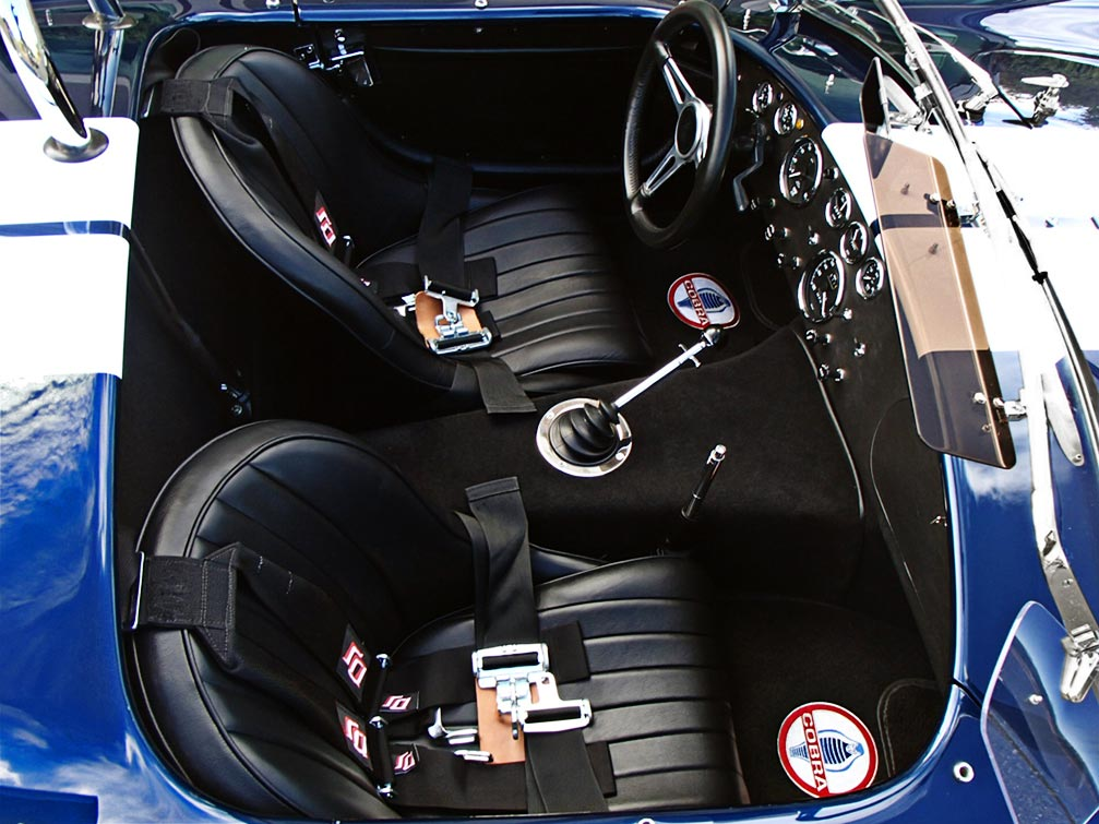 cockpit shot (from passenger side) of Indigo Blue/Arctic White stripes Superformance 427SC Shelby classic Cobra for sale by owner, SPO1983