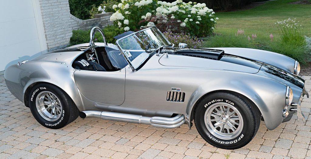 broadside shot of Titanium Superformance 427SC Shelby classic Cobra for sale, SPO2454
