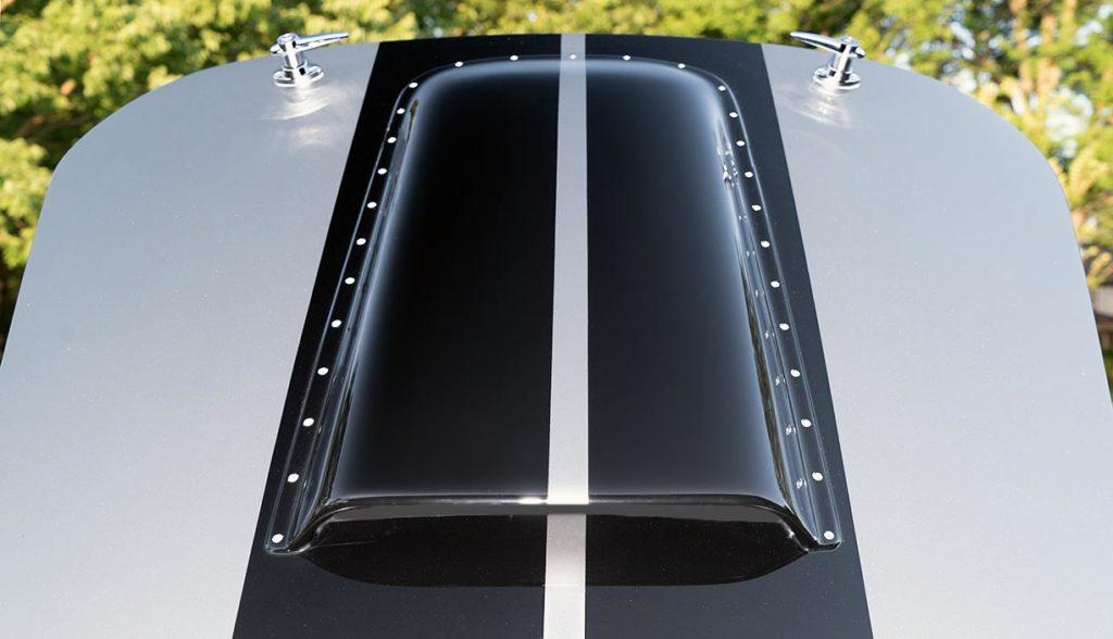 hood/hood scoop closeup shot of Titanium Superformance 427SC Shelby classic Cobra for sale, SPO2454