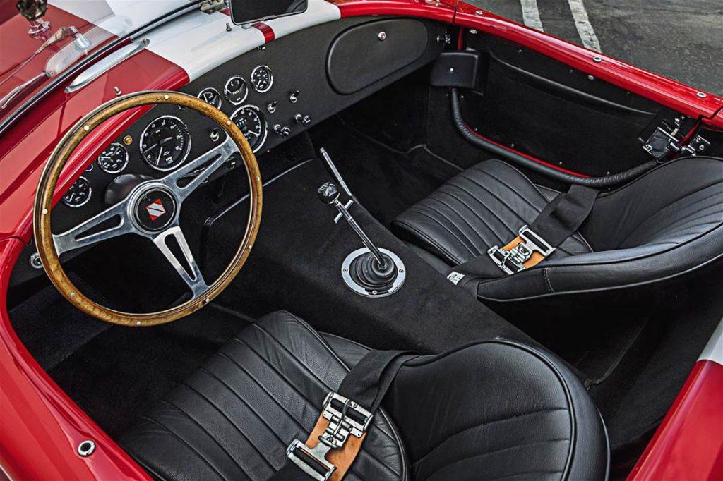 Superformance Cobra cockpit