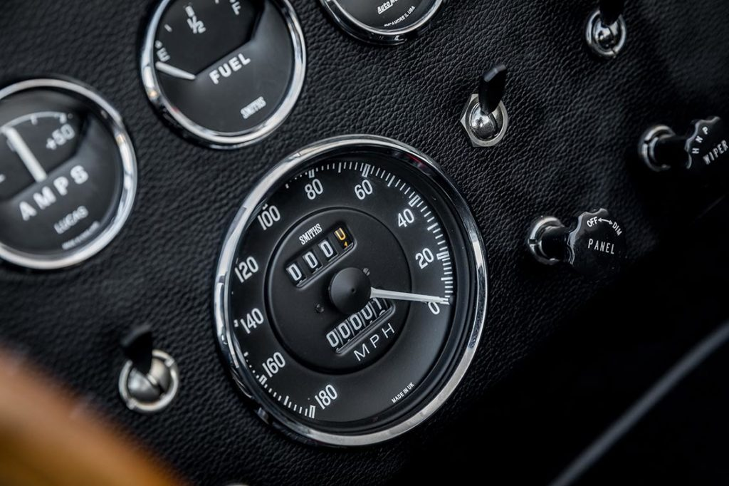 instrument gauge array shot of Onyx Black Superformance 427SC Shelby Cobra vehicle for sale, SPO3357