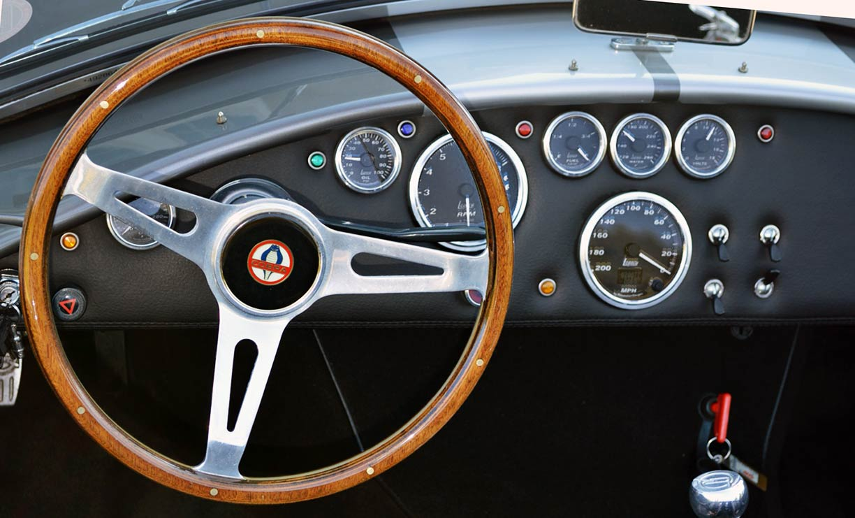 instrument panel shot of gray Backdraft Racing replica of 427SC Shelby classic Cobra, for sale by owner, BDR0789