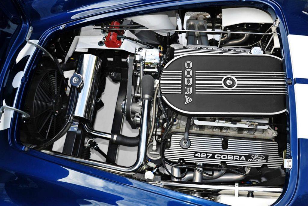engine photo Indigo Blue Backdraft Racing 427SC classic Shelby Cobra for sale, BDR1199