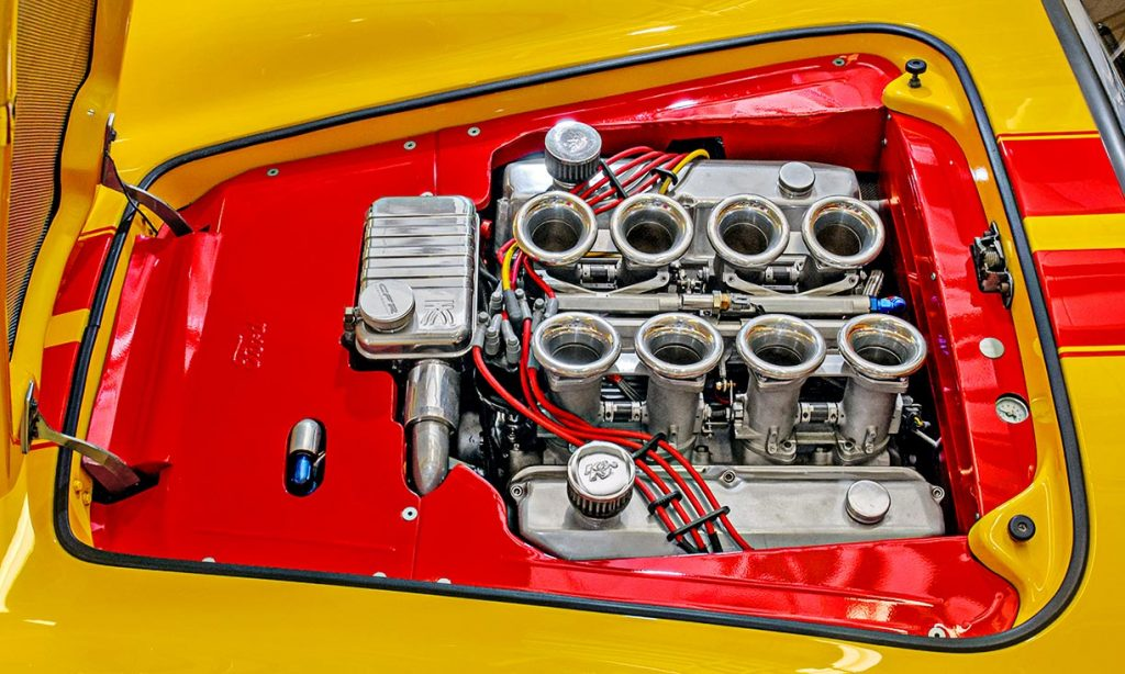 SMC Shelby Cobra engine
