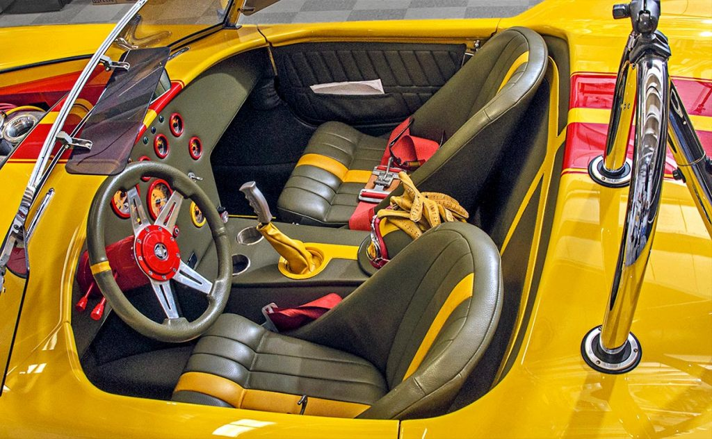 SMC Shelby Cobra interior