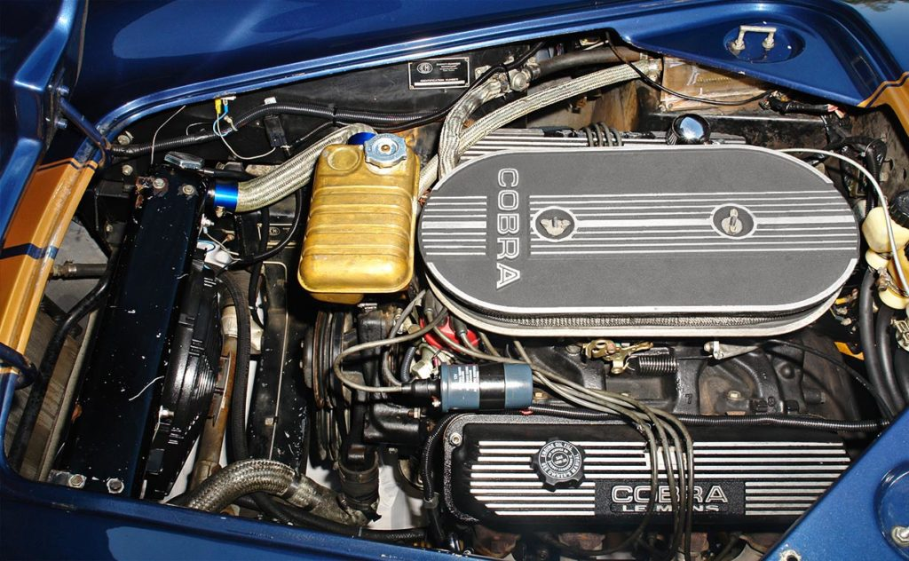 427FE side-oiler engine compartment photo of Corinthian Blue Everett-Morrison 427SC Cobra for sale by owner