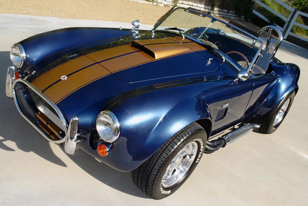 3/4-frontal shot (driver side) of Corinthian Blue Everett-Morrison 427SC Cobra for sale by owner