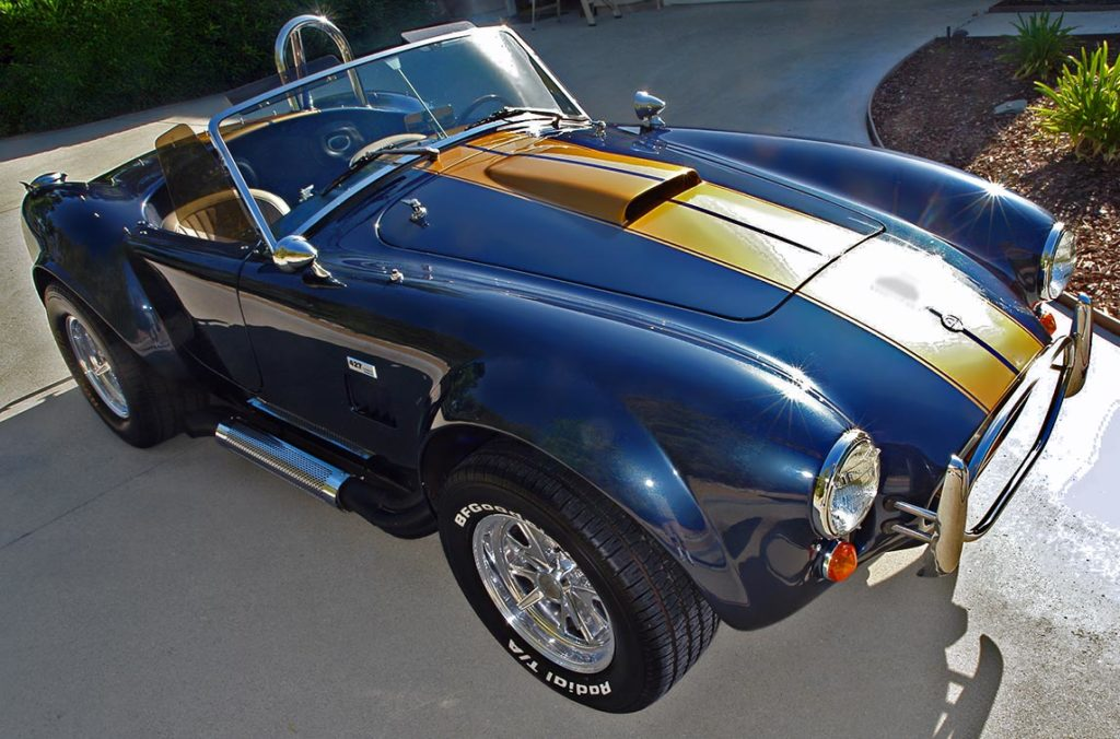3/4-frontal shot (passenger side) of Corinthian Blue Everett-Morrison 427SC Cobra for sale by owner