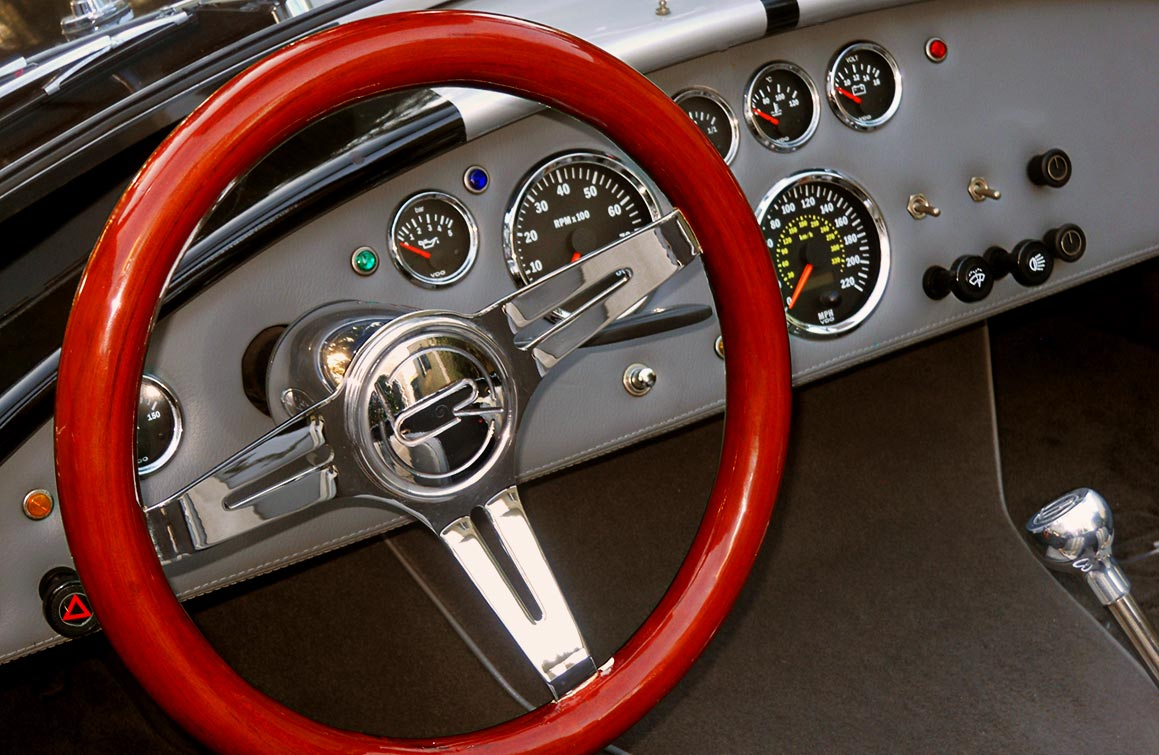 dashboard shot of Onyx Black/silver stripes 427SC Shelby classic Backdraft Racing (BDR#664) Cobra for sale by owner