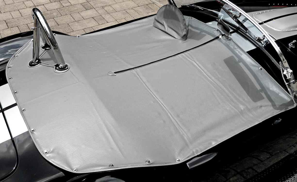 tonneau cover as installed on Onyx Black/silver stripes 427SC Shelby classic Backdraft Racing (BDR#664) Cobra for sale by owner