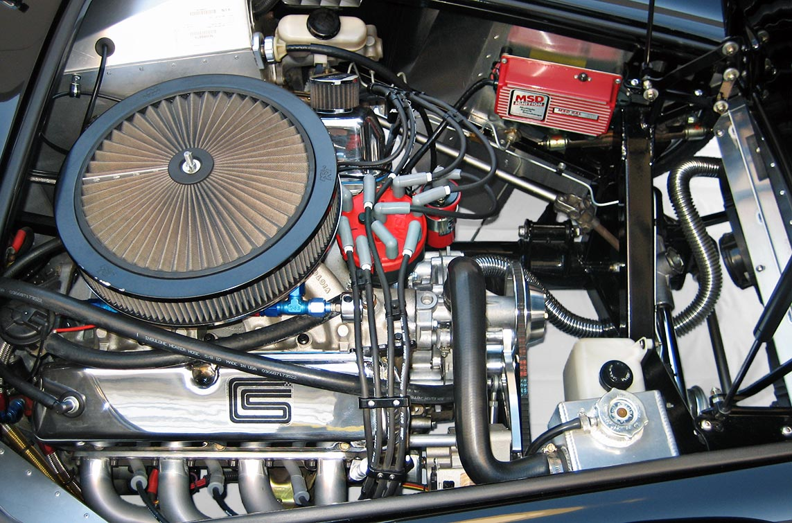 """photo#2 (from passenger side) of Levy Racing Stage 5 408"""" Windsor stroker engine of black Factory Five Racing MkIII 427SC Shelby classic Cobra replica for sale by owner"""