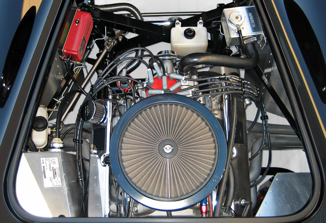 """photo#3 (from directly overhead) of Levy Racing Stage 5 408"""" Windsor stroker engine of black Factory Five Racing MkIII 427SC Shelby classic Cobra replica for sale by owner"""