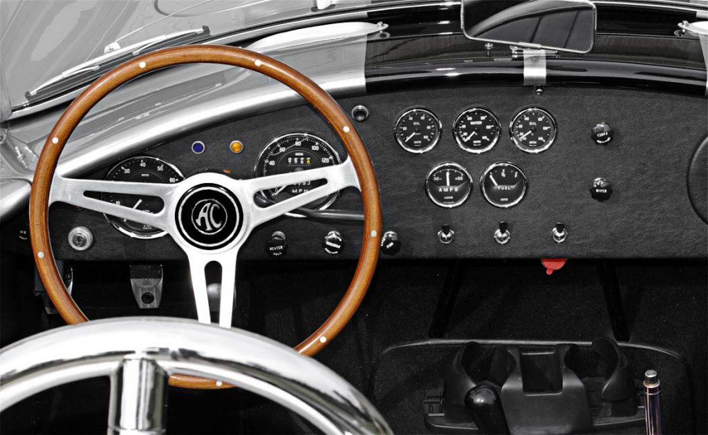 dashboard shot of Titanium/black stripes Superformance 427SC Shelby classic Cobra for sale, SPO2508