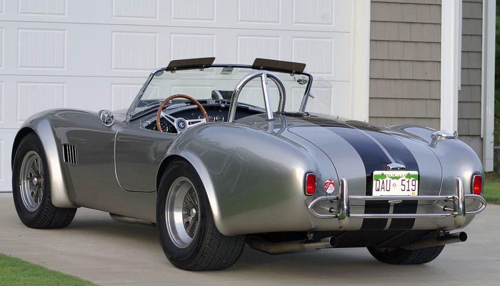 3/4-rear view of Titanium/black stripes Superformance 427SC Shelby classic Cobra for sale, SPO2508
