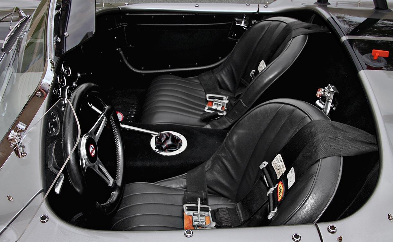 cockpit shot of Titanium Superformance 427SC Shelby classic Cobra for sale by owner, SPO1176