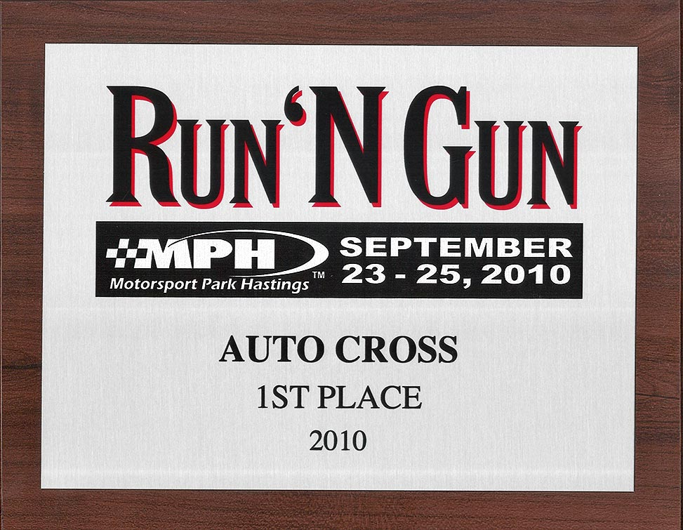 photo of Run 'n' Gun plaque from September 2010 awarded to Titanium Superformance 427SC Shelby classic Cobra, SPO1176