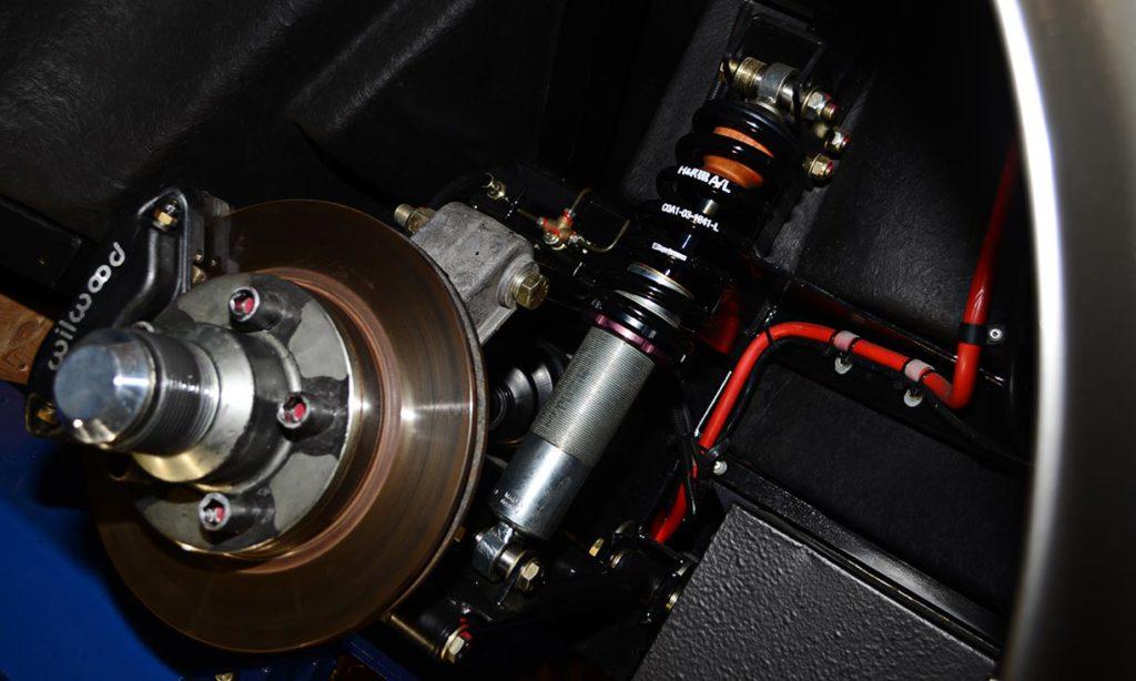 rear brake/suspension assembly shot of Titanium/Onyx Black LeMans stripes Superformance 427SC Shelby Cobra for sale, SPO1797