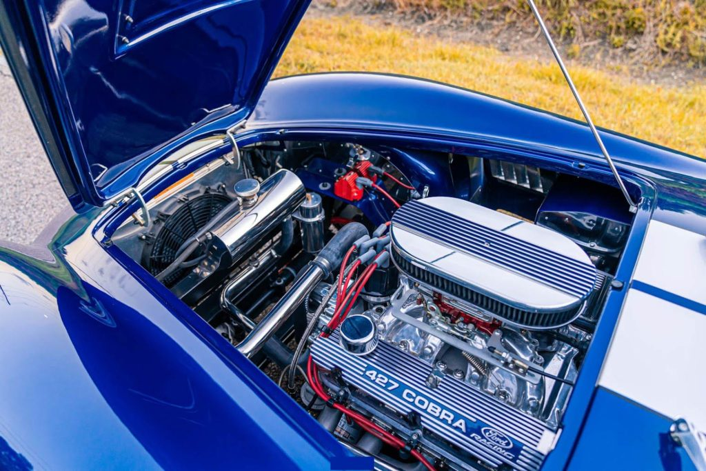 Smeding 427 'Cobra Special' crate engine photo (from driver side) of Spectra Blue Backdraft Racing 427SC Shelby classic Cobra for sale by owner, BDR1179
