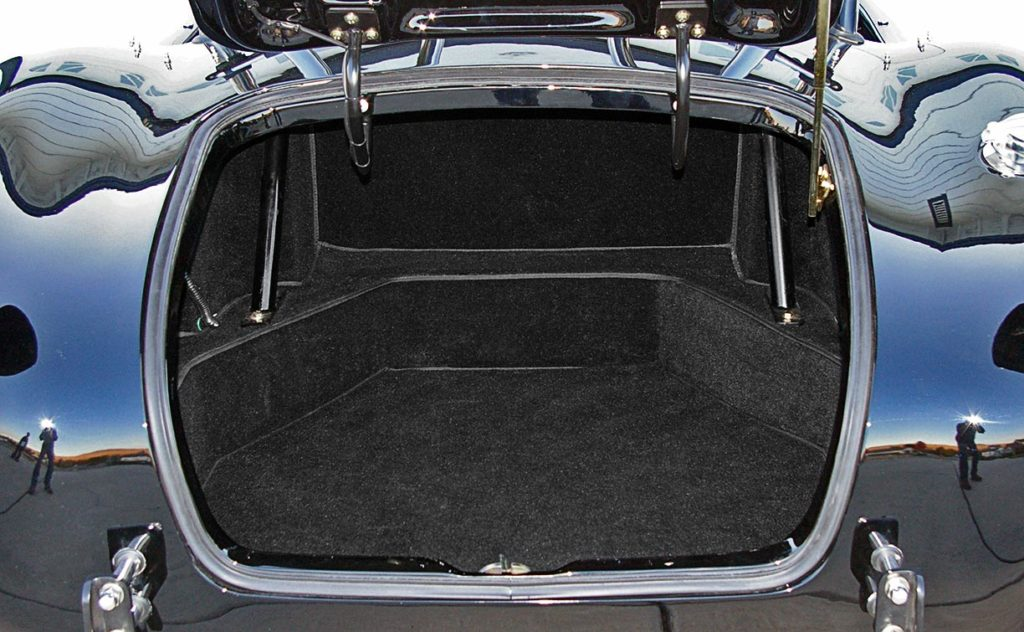 luggage compartment shot of Onyx Black Superformance 427SC MkIII Shelby classic Cobra for sale, SPO1948