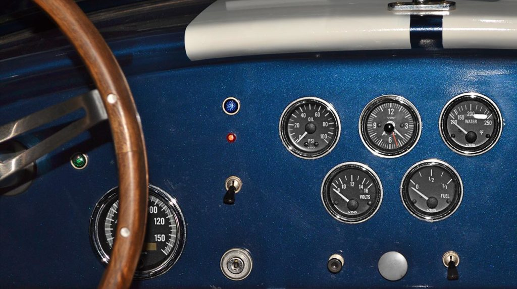gauges/dashboard shot of Navy Blue/Arctic White stripes 427SC Shelby classic Cobra (by Shell Valley Companies) for sale by owner