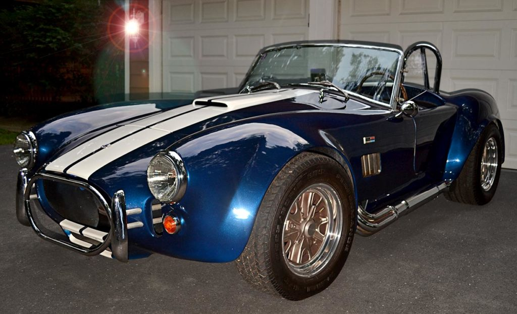 3/4-frontal shot (driver side) of Navy Blue/Arctic White stripes 427SC Shelby classic Cobra (by Shell Valley Companies) for sale by owner