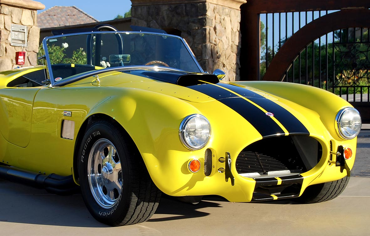 3/4-frontal shot (passenger side) of Candy Lime Gold FFR (Factory Five Racing) 427SC Shelby classic Cobra for sale by owner