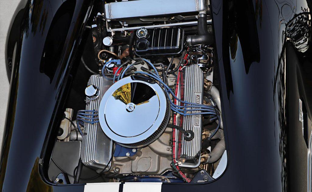 Shelby Cobra replica engine