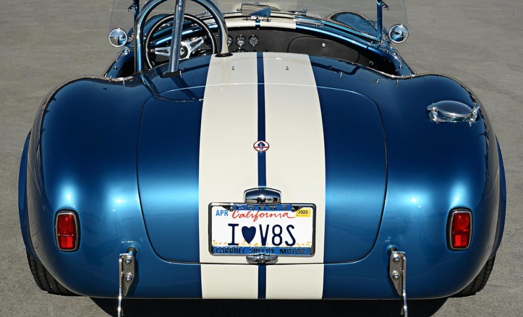 head-on rear view of Guardsman Blue/white stripes Superformance 427SC Cobra for sale, SPO3164