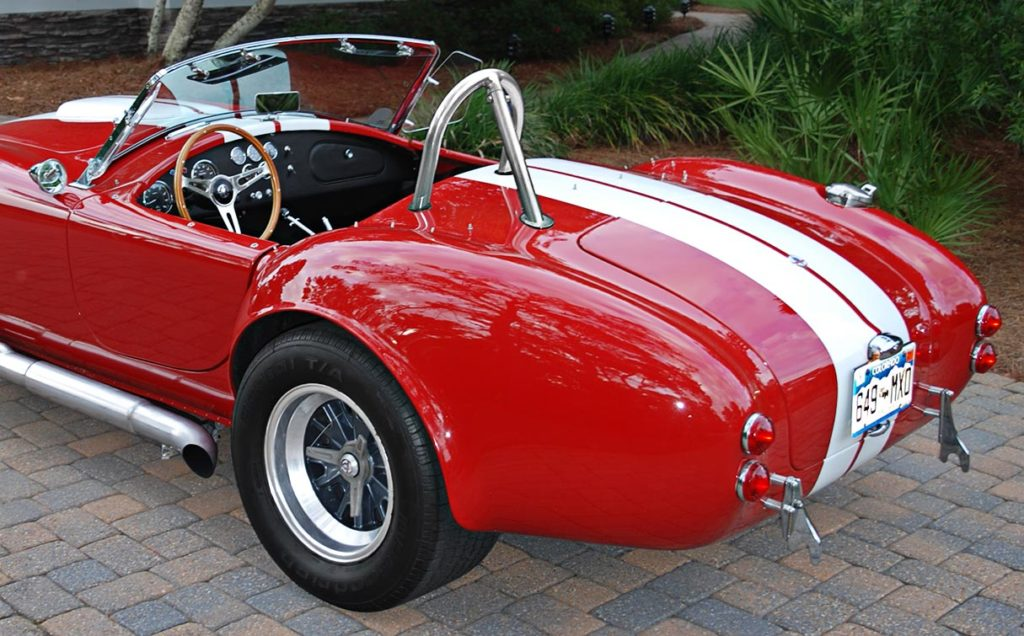 rear-quarter shot#1 (driver side) of Phoenix Red E.R.A. 427SC Shelby Cobra vehicle for sale by owner
