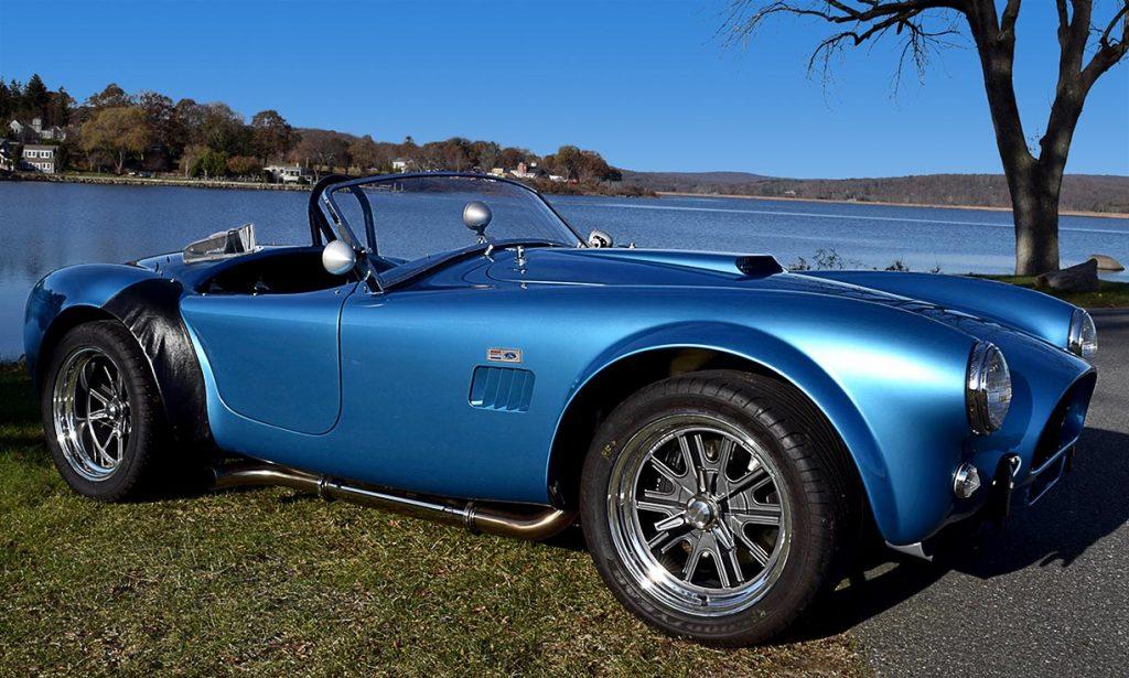 broadside shot (passenger side) of Maui Blue E.R.A. 289FIA Shelby classic Cobra for sale by owner