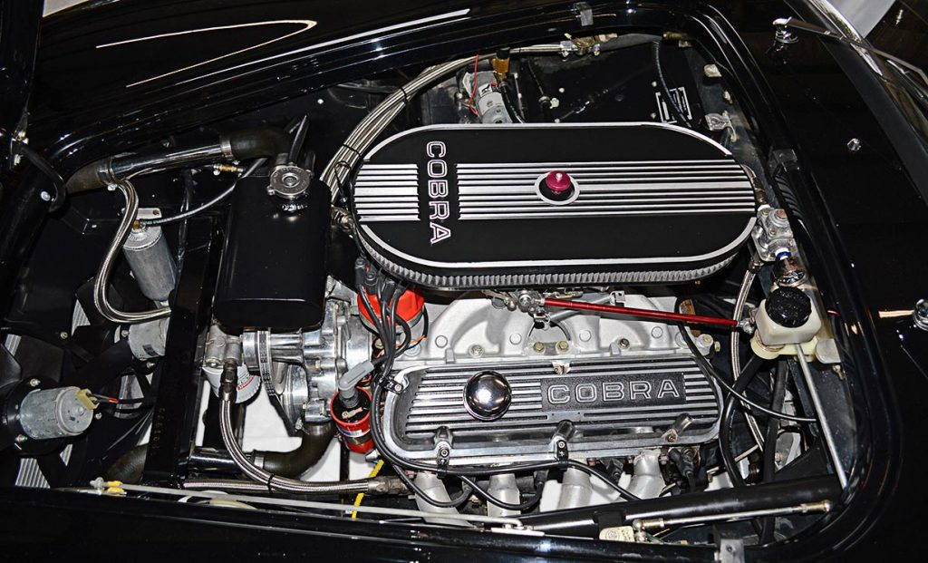 331 cid small-block engine photo#1 of Onyx Black Superformance 427 Shelby classic Cobra street version Roadster for sale, SPO1869
