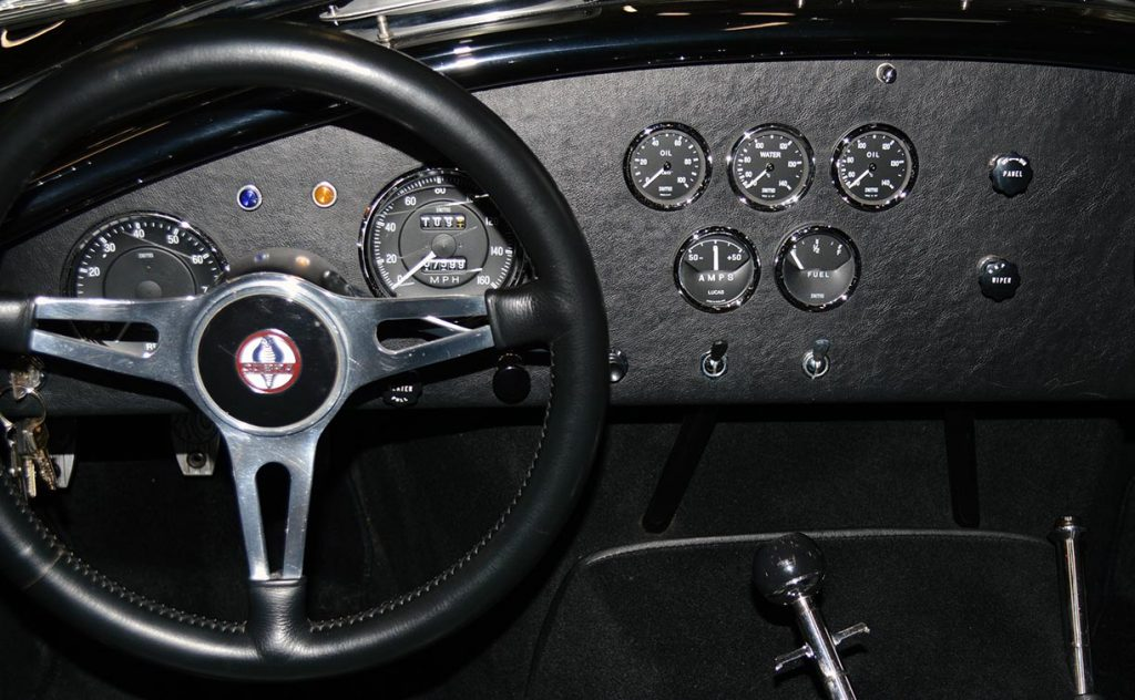dashboard shot of Onyx Black Superformance 427 Shelby classic Cobra street version Roadster for sale, SPO1869